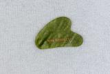 Gua Sha Stein Grüne Jade V-Form